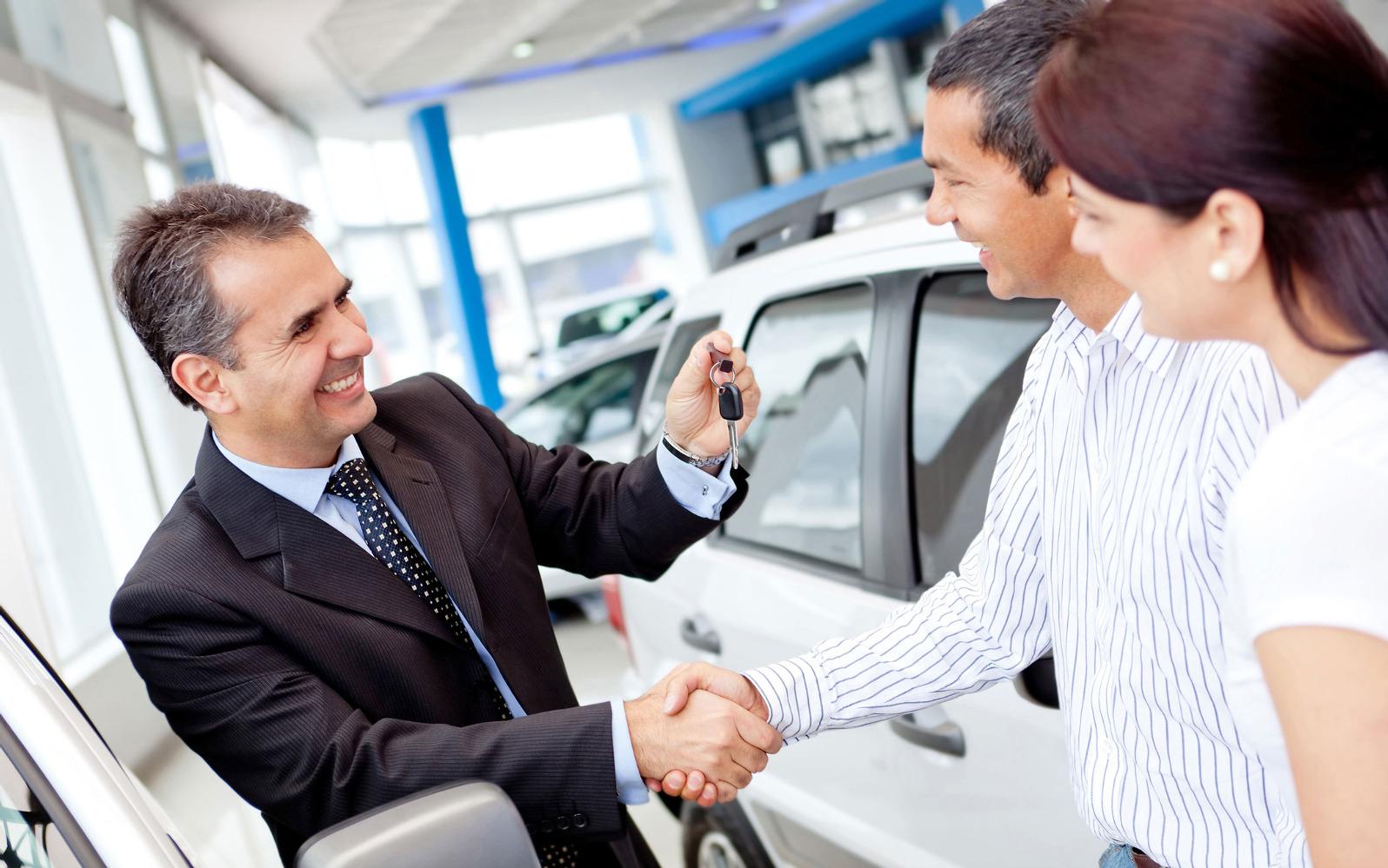Как купить новый автомобиль в салоне и что необходимо учесть при покупке?