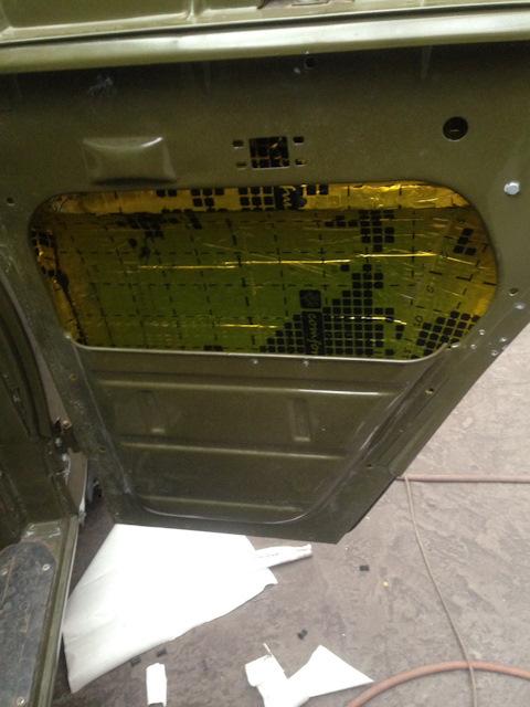 Шумоизоляция дверей УАЗ 469