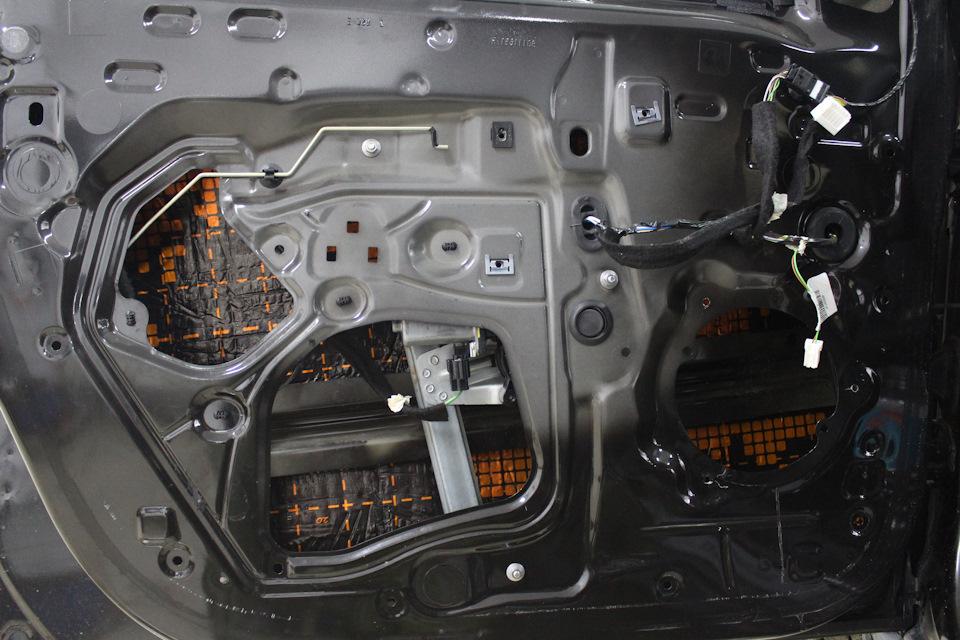 Шумовиброизоляция Renault Sandero.