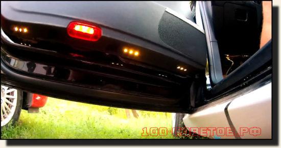 Делаем подсветку около дверного пространства автомобиля