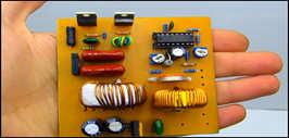 Полностью автоматическое зарядное устройство для аккумуляторов