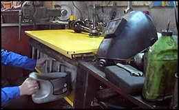 Ящики под инструмент для гаража из пластмассовых канистр