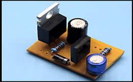 Простое электронное реле поворотников для ламп или светодиодов, схема