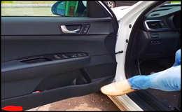 Как защитить пластик порогов и салона автомобиля