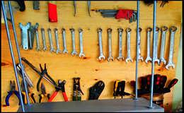 Как быстро сделать полку в гараж своими руками