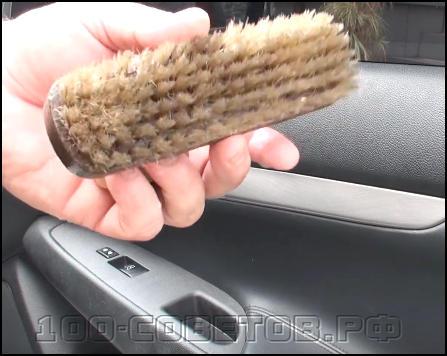 Чем просто отмыть автомобильный пластик