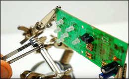 Простой паяльник для мелких деталей из автомобильного прикуривателя