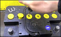 Как восстановить аккумулятор автомобиля своими руками?