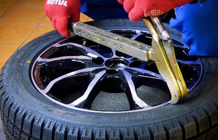 боковой разрыв шины