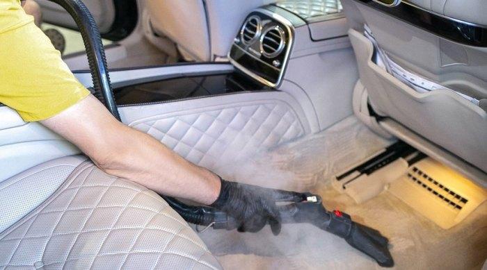 как провести химчистку салона автомобиля своими руками