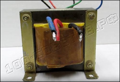 Простое зарядное устройство для автомобильного аккумулятора
